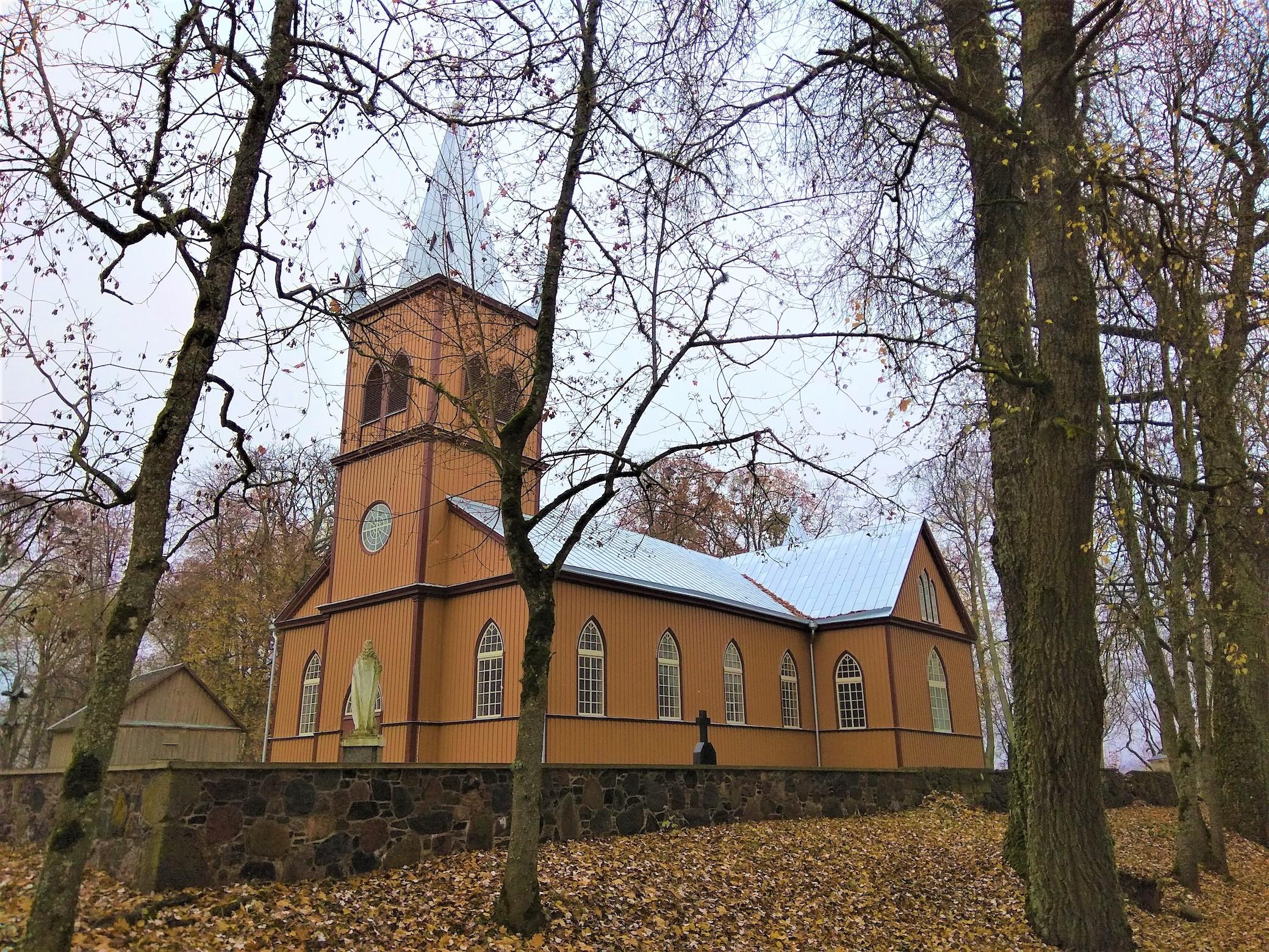 bažnyčia, medžiai